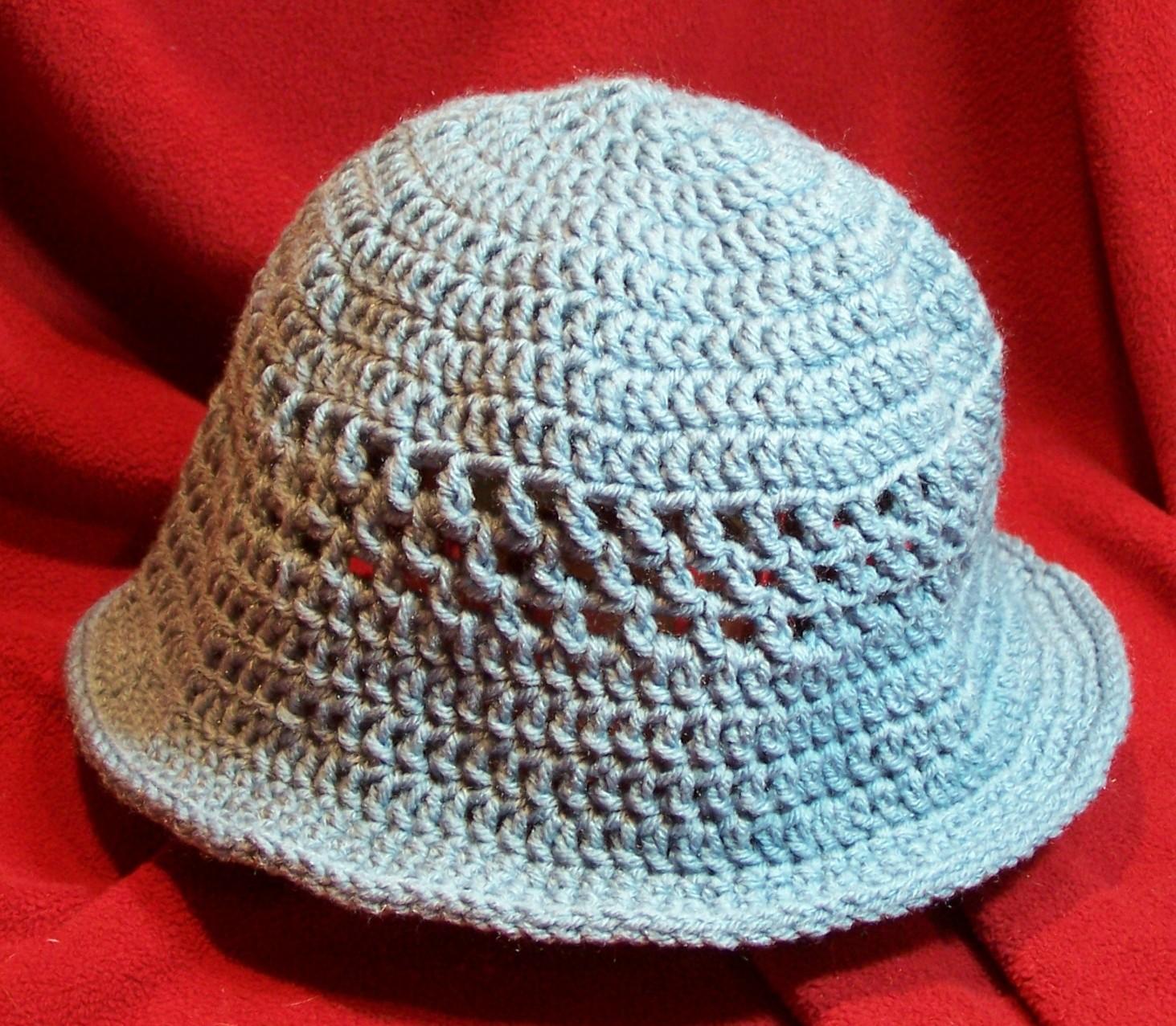 Knitted Bucket Hat Pattern : yarn