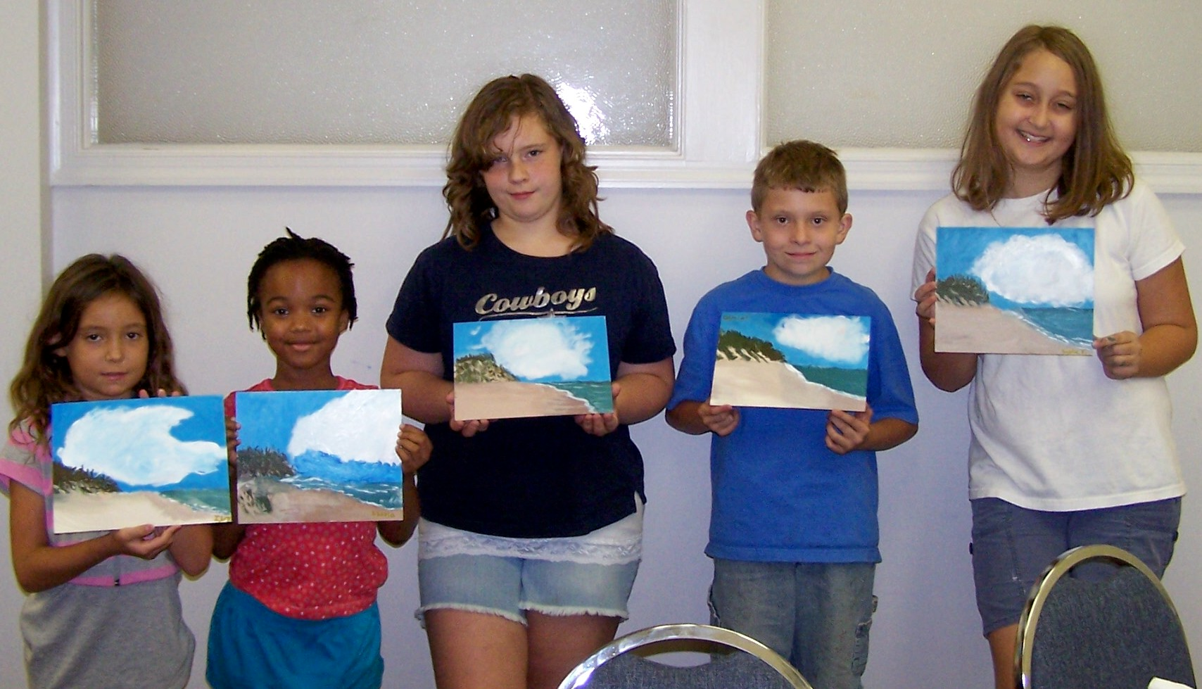 Kids Paint A Beach Scene