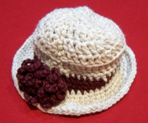 Crochet Hat Off White with Burg rose