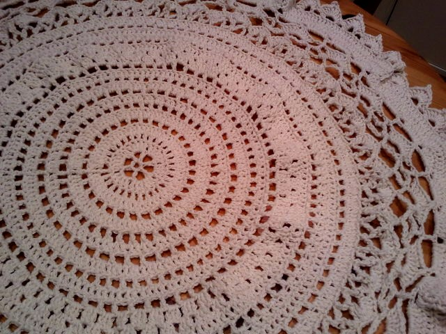 Mamies Tablecloth A Free Pattern A Place For Learning