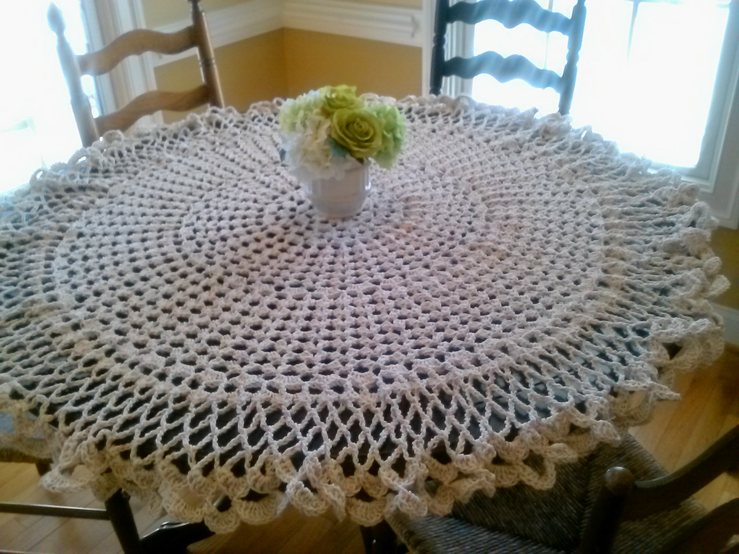 Free Crochet Tablecloth Patterns : Pin Crochet Art Tablecloth Pattern Free Elegant Decorative on ...