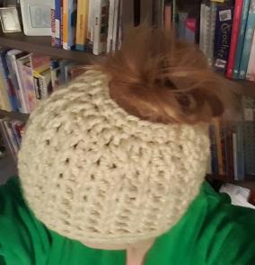 messy-bun-hat-2