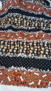 rag-quilt-black-brown-dog