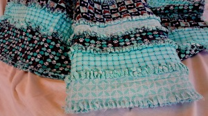 rag-quilt-teal-dogs